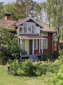 Decocrush visite deco maison scandinave acidulee0001 for Petite maison scandinave