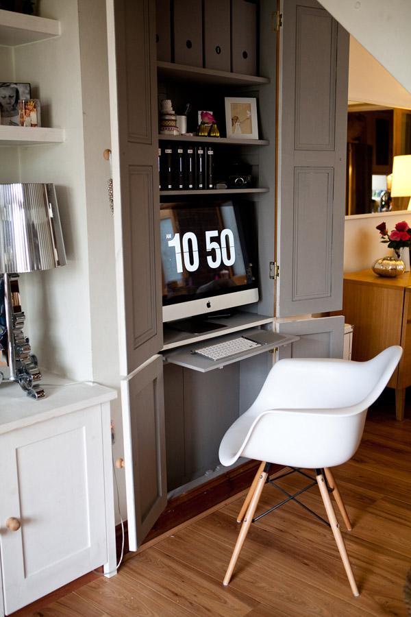 bureau cach dans une armoire kx69 jornalagora. Black Bedroom Furniture Sets. Home Design Ideas