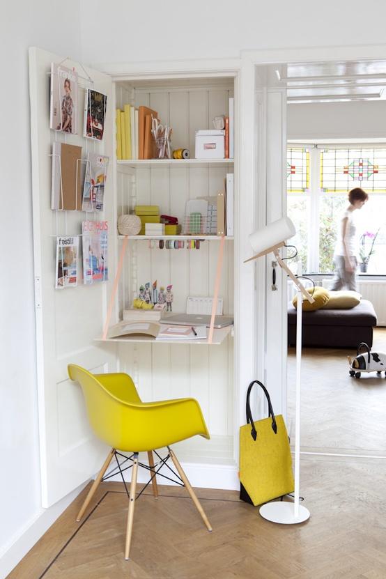 12 id es d co insolites pour un petit bureau chez soi for Des placards de cuisine