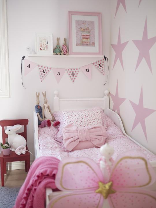Today i love les grandes etoiles sur les murs dans  la chambre des enfants02