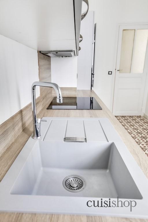 evier en r sine gris clair cuisishop decocrush d corez avec intention. Black Bedroom Furniture Sets. Home Design Ideas